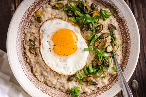 oatmeal salty with spring onion and egg