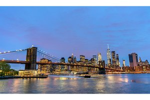 Brooklyn Bridge and Manhattan at sunset - New York, USA