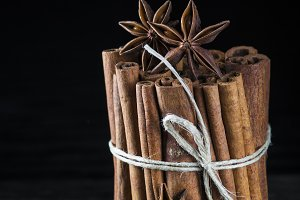 Cinnamon sticks and other spices