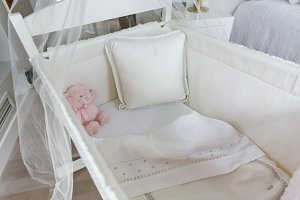 Top view of crib with canopy