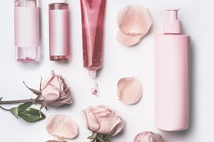 Roses cosmetic products set