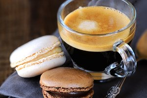 Espresso cooffee with macarons