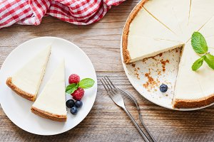Classical New York Cheesecake