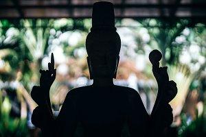 Silhouette Statue
