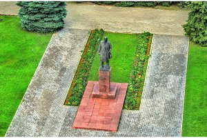 Monument to Vladimir Lenin in Suzdal, Russia