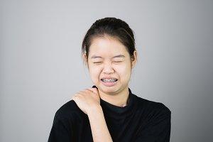 Asian girl catch that shoulder