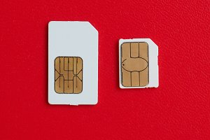 SIM and USIM card used in phones