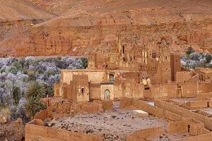 Oasis and kasbah
