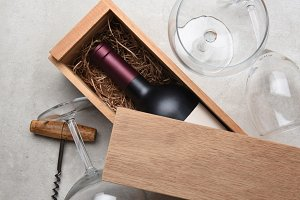Cabernet in wood box With Glass cork