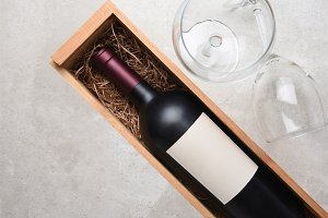 Cabernet in wood box with Glass