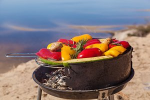 grilled vegetables on grilles round barbecue grill