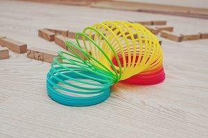 Rainbow spiral spring game