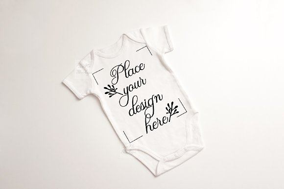Free Baby suit bodysuit growsuit mockup
