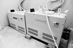 Electric voltage control stabilizer