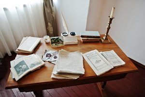 Antique table writer