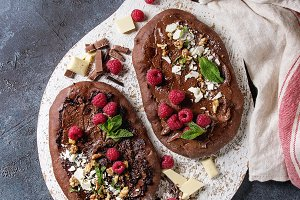 Dessert chocolate pizza