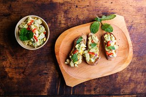 Bruschetta with avocado spread
