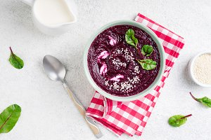 Beetroot cream soup with seeds