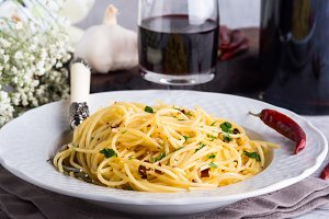 Spaghetti pasta with red pepper, garlic, olive oil