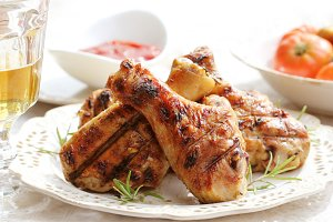 Grilled chicken legs with rosemary o