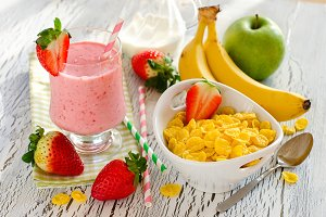 Healthy breakfast with smoothie
