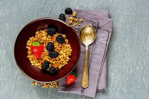 Breakfast muesli bowl