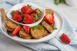 Sweet tofu fritters with strawberry