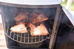 Smoking Red Salmon in Cooker