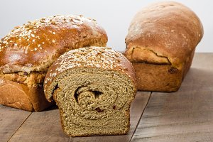 Whole wheat bread with grain topping
