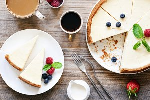 Homemade classical cheesecake