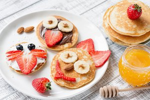 Pancake food art for kids