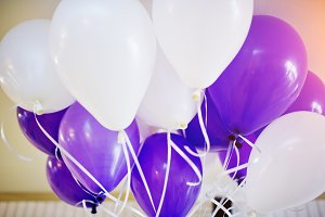 balloons at happy birthday party