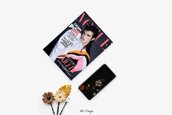 IPhoneX And Magazine Flatlay Mockup