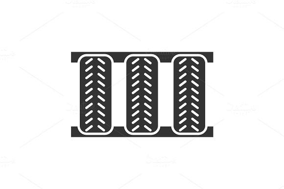 Car Tires Glyph Icon