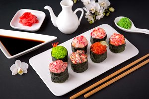 Gunkan sushi set with salmon, tuna,
