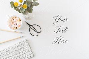 Floral Flat Lay Desktop - sst204