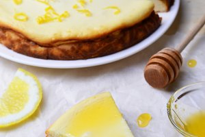 Lemon and Honey Cheesecake