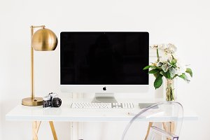 iMac on white Feminine Desk & Floral