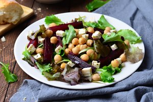Beetroot and Chickpea Salad