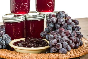 Grapes with grape preserves