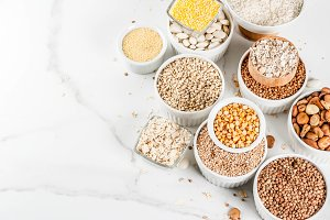 Various cereal grains groats