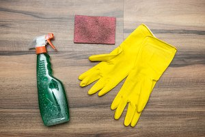 Cleaning tools: spray, rubber gloves