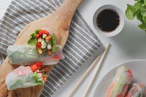 Asian fresh spring rolls