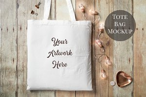 Tote Bag Mockup- wood background