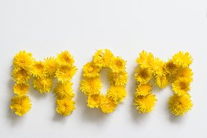 "Flowers spelling ""MOM"""