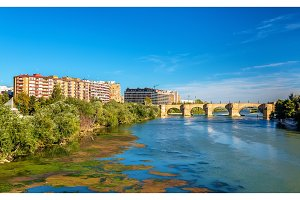 Puente de Piedra in Zaragoza, Spain