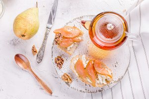 ricotta cheese and pear jam sandwich