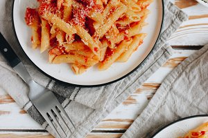 Penne with spicy bacon tomato sauce