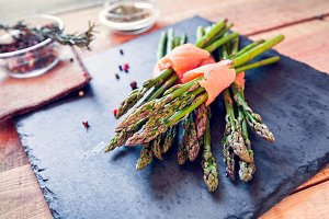 asparagus wrapped in salmon