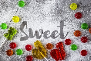 The word sweet is written